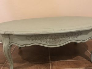 Antique coffee table for Sale in Vista, CA