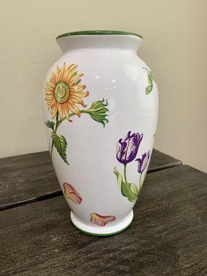 Tiffany Petals Vase for Sale in Azusa, CA