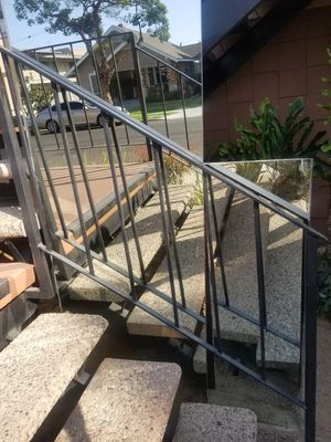 FREE Mirrors ! for Sale in Long Beach, CA