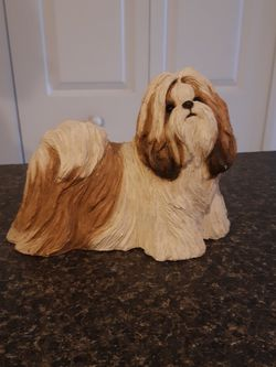 SANDICAST SHIH TZU SCULPTURE IS A VERY HEAVY SCULPTURE for Sale in Fort Myers,  FL