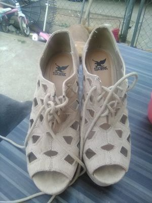 Shiekh size 7 heels for Sale in Fresno, CA