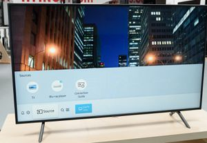 BRAND NEW 55 INCH SAMSUNG 4K SMART TV 7 SERIES for Sale in St. Louis, MO