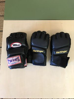 MMA UFC gloves, Twins for Sale in Los Angeles, CA