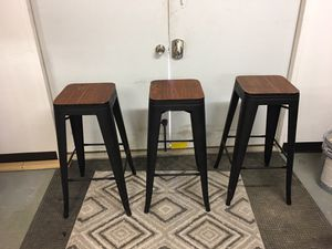 Set Of 3 Wooden Stool Art Deco. Very nice / sturdy / 0 wobble / well made for Sale in Wells Branch, TX