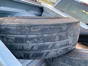 Semi tracks use tires 70% good for trailer for Sale in Modesto, CA