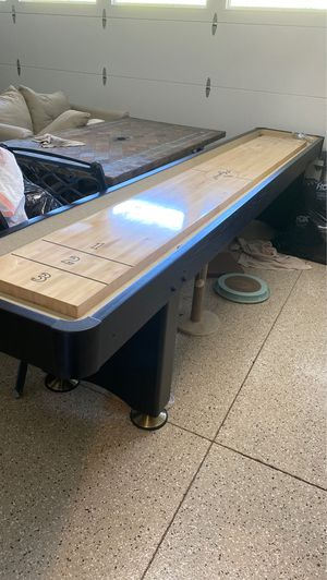 Shuffleboard table. Like brand new. Hardly used. Downsizing in house size and have no space for Sale in Mission Viejo, CA
