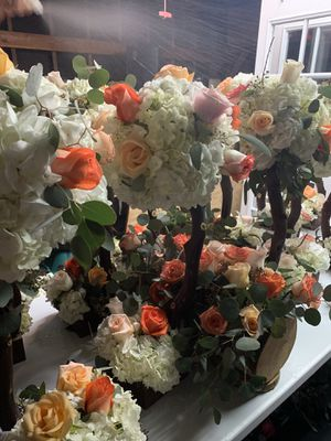 Custom made flowers for wedding for Sale in Bellflower, CA