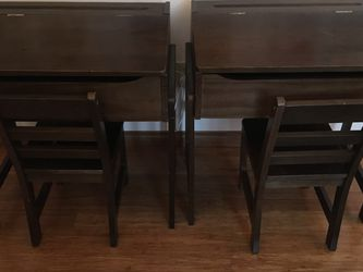 Kids Desk & Chair Set for Sale in Portland,  OR