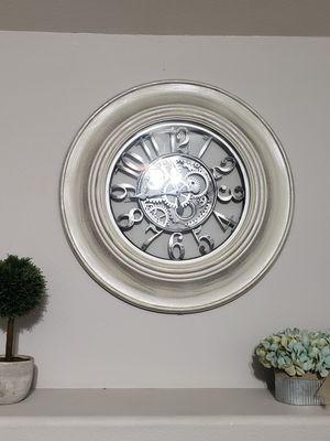 Greyish mirror for Sale in Selma, CA
