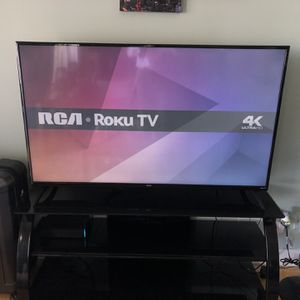 55 Inch RCA Roku 4k TV for Sale in Fort Lauderdale, FL