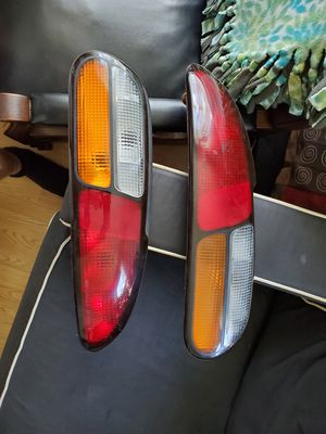 Camaro taillights (93-02) for Sale in BRECKNRDG HLS, MO