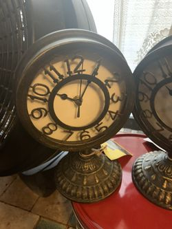 New mantle clocks for Sale in San Angelo,  TX