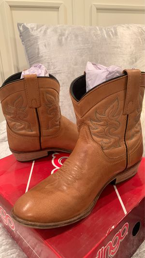 Dingo Ankle Cowboy Boots Size 8 for Sale in Lemon Grove, CA