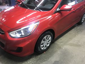 2017 Hyundai Accent low miles for Sale in Cleveland, OH