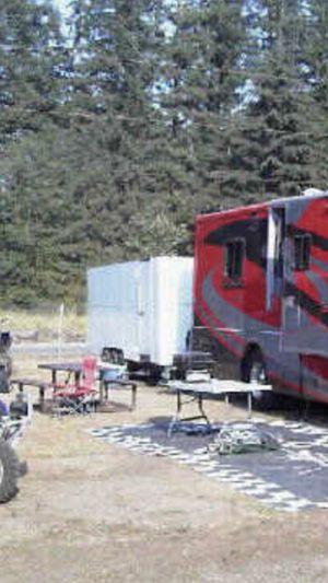 Three axle enclosed car trailer 10,000 pounds for Sale in Santa Clarita, CA