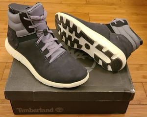 Timberland Casual Boots size 9.5 and 10 for Men. for Sale in Lynwood, CA