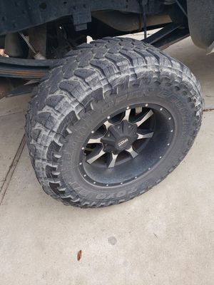 8 lug rims and tires ford f350 f250 for Sale in Clovis, CA