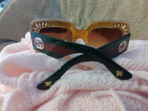 Gucci sunglasses for Sale in Harper Woods, MI