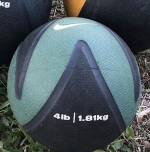 4 LB, EXERCISE BALL ( BOUNCES LIKE A BASKETBALL) for Sale in Deerfield Beach, FL
