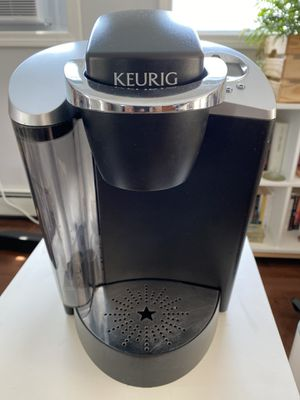 Keurig K-Classic Coffee Maker 6+ cups for Sale in Woburn, MA