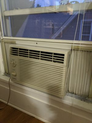 Air conditioner 5250 unit ac for Sale in Newark, NJ