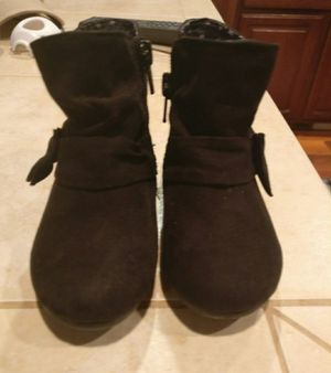 Girl's boots - size 5 for Sale in Vancouver, WA