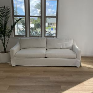 Pottery Barn York Slipcovered Sofa for Sale in Diamond Bar, CA