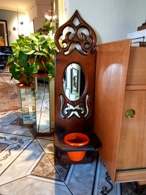 Vintage Mirrored Plant holder for Sale in Phoenix, AZ
