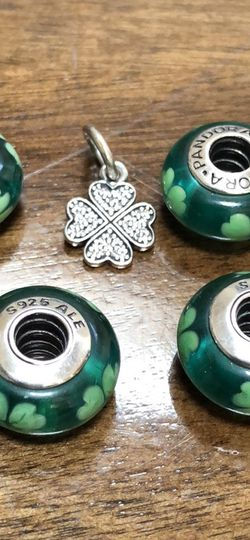 Pandora Charms lot St Patricks Day Irish Lucky Clover Glass Shamrock for Sale in North Bend,  WA