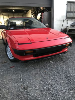 1985 Toyota MR 25 speed 150 K miles for Sale in Malden, MA