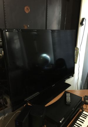 Samsung 40 inch led tv for Sale in Los Angeles, CA
