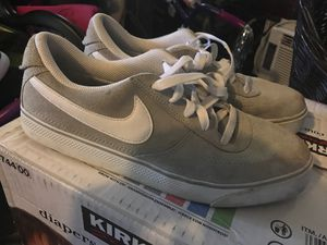 Tenis for Sale in Fort Worth, TX