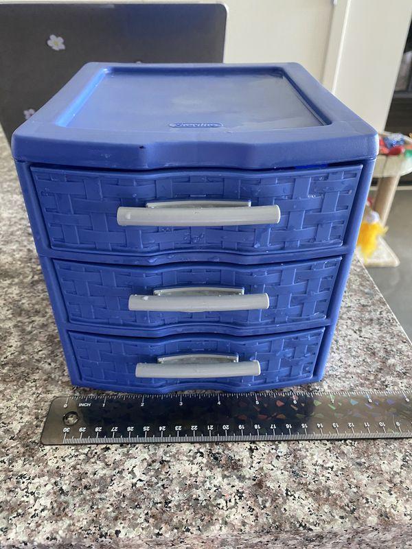 Small plastic storage