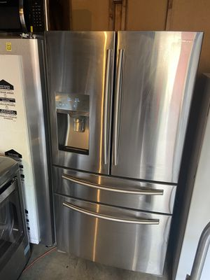 Samsung Counterdepth 4-door refrigerator for Sale in Lithonia, GA