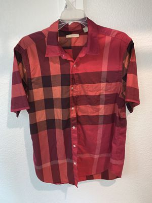 Burberry sz L for Sale in Lancaster, TX