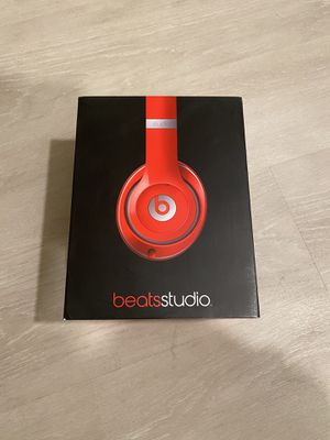 Beats by Dr dre Studio 2.0 wired Headphones Red color for Sale in Sunnyvale, CA