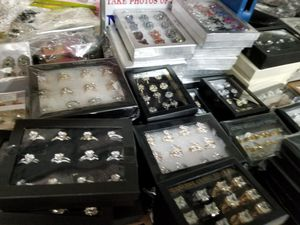 WHOLESALE RINGS $9/DZ for Sale in WA, US
