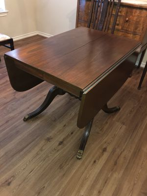 Antique table and chairs for Sale in Little Elm, TX