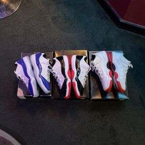 Jordan 11 Retro Low Combo Deal for Sale in Tacoma, WA
