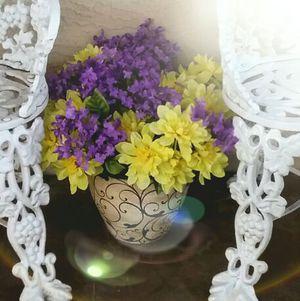 PURPLE & YELLOW FLOWER ARRANGEMENT IN DECORATIVE ORNATE VASE POT INDOOR OR OUTDOOR for Sale in San Tan Valley, AZ