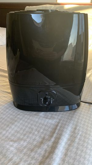 Everlasting Comfort Cool Mist Humidifier for Sale in Hoffman Estates, IL