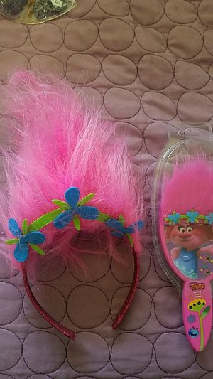 POPPY HAIR HEADBAND AND NEW BRUSH TROLLS for Sale in Moreno Valley, CA