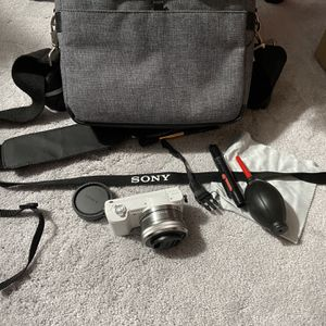 Sony A5100 Camera with Kit Lens for Sale in Milwaukie, OR