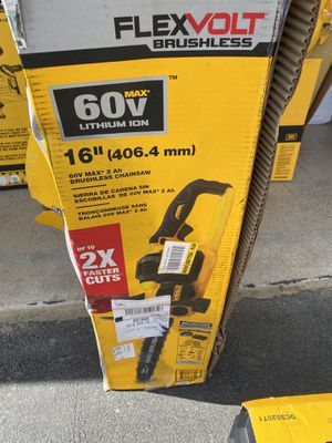 16inch Lithium Ion 60 Vault Chainsaw for Sale in Westport, MA