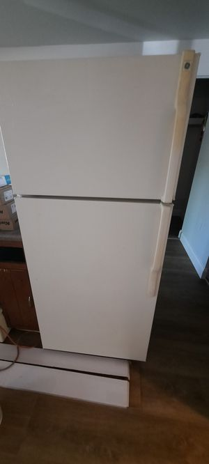 Ge refrigerator for Sale in PA, US