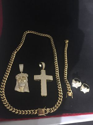 Real 14KT Gold Filled with pure Stainless Steel...Cuban Chain and Bracelet..All sizes available!! Best Top Quality!! We Do Custom Work! for Sale in New York, NY