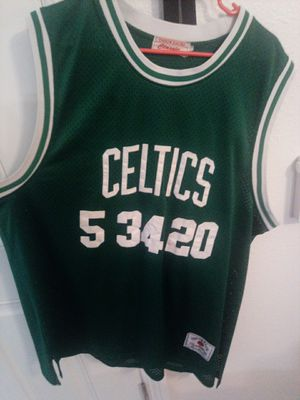 Celtics jersey. 1 of a kind 2xl for Sale in Henderson, NV