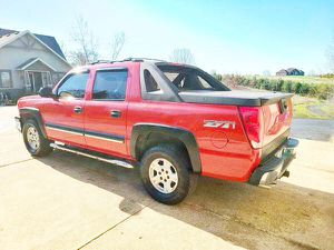 For sale urgent! Chevrolet Avalanche 2003! for Sale in Columbus, GA