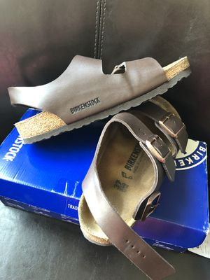 BIRKENSTOCK SANDALS SIZE 7 Almost new for Sale in Rockville, MD