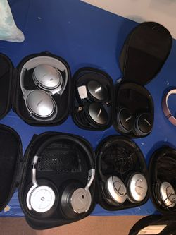 Beats Bose linkwitz Apple headphones and more for Sale in Malden,  MA